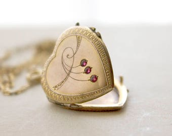 Art Nouveau Heart Locket Red Paste Stones, Jugendstil gold plate locket, early 1900s antique locket, unique heart locket necklace