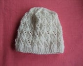 Girl's Hat Handknittet with Pompom