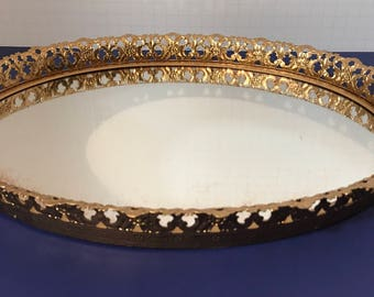 Oval Hollywood Regency Gold Filigree Dresser/Vanity Mirrored Perfume Tray 1950s