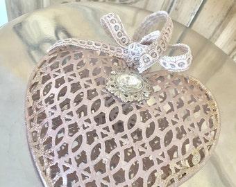 Metal heart, ex-voto heart, heart mirror, Mediterranea Design Studio, silver heart, sacred heart, metal wall decor, vintage french