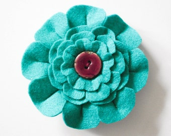Felt teal flower brooch-Teal flower pin-Gifts for her-Gifts for Mum-Birthday gift-Handmade flower brooch-Mother's day gift