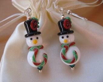 Snowmen Earrings, Winter Earrings, Holiday Earrings, Christmas Earrings, Lampwork Snowmen, Snowmen Scarf Hat, Cute Snowmen Earrings