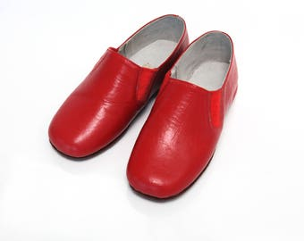 Deadstock vintage 60's kids red leather slippers new old stock size EU 27 / US 10 / UK 9