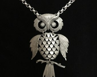 Vintage Pewter Articulated Great Horned Owl Necklace (RGB4)