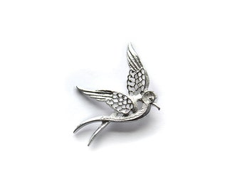 Dove Brooch, Silver Brooch, Bird Brooch, Peace Brooch, Vintage Brooch, Sarah Coventry Brooch