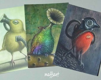 Set of 3 mixed postcards.