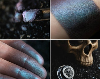 Eyeshadow: Ressurected - Undead. Matt grey-burgundy eyeshadow by SIGIL inspired.