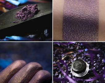 Eyeshadow: Amethyst Dragon Keeper - Dragonblood. Lavender-purple eyeshadow by SIGIL inspired.