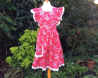 Red Floral 'Alice' Style Pinafore Apron XL