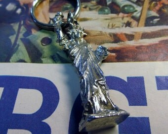 Vintage Silver Tone Statue of Liberty  Keychain