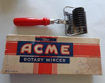 Acme vintage Rotary Mincer in Box Red Handle Stainless Steel Blades 1955 USA