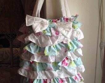 ruffled tote/ gift bag