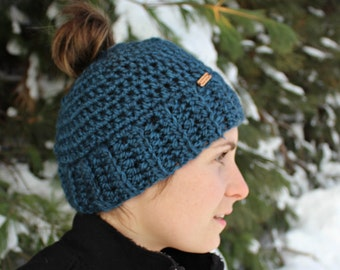 The Busy Mom Crochet Hat Pattern, Messy Bun Hat Pattern