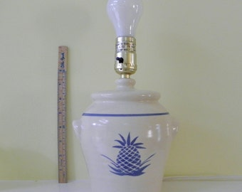 Ceramic Night Stand Lamp with Pineapple