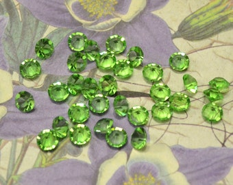 Preciosa Czch machine cut unfoiled chaton rhinestones 4.5mm Peridot Green 24pcs Crystal Clay Jewelry Making  Living Lockets