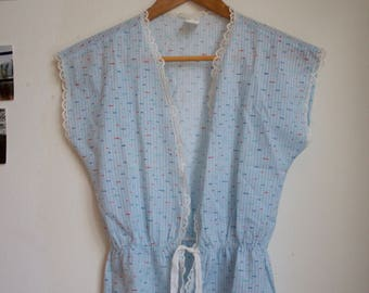 Vintage vest with ribbon tie
