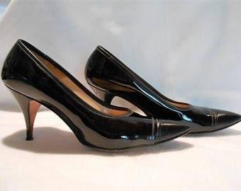 Palizzio Black Patent Leather Stiletto Heeled Shoes Pumps, c. 1960