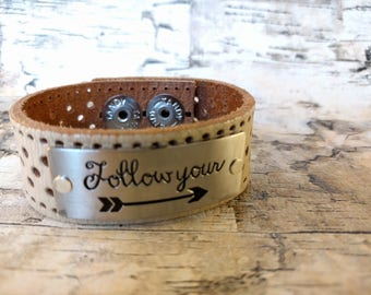 Follow Your Arrow, Leather Cuff, Arrow, Upcycled Belt, Repurposed, Beige Leather, LookSomethingShiny