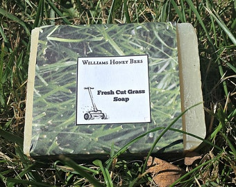 Fresh Cut Grass Scented Beeswax Cold Press Soap