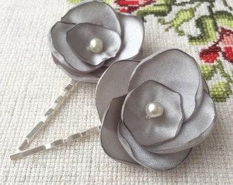 Gray Rose Hair Clips, wedding hair accessories, bridal hair clips, silver gray rose pins, flower hair clips, rose bobby pins, flowergirl