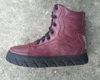 shoes maroon leather boots Upcycling sole of motorcycle car tires US 7.5 men / US 9 wo / EU 40 Hi top Sneakers Marapulai
