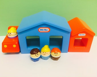 Vintage Little Tikes, Playset, Blue House, Little Tikes Train Car, Toddle Tots People, Red Doghouse, Vintage Toys, 1980s Toys, Toddler Toys