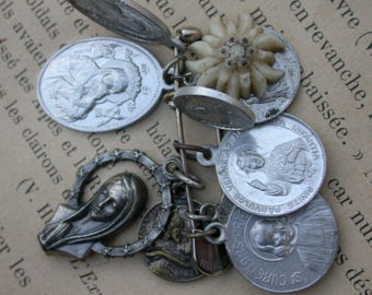 lot 10pcs large antique medal silver metal religious medals bronze virgin baby sacred heart  medals virgin mary star reliquary metal box