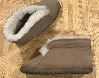 Vintage Women's Haband Lounge Abouts Leather Slipper Booties Size 7