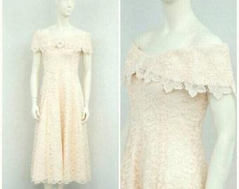 Vintage 80s Pale Pink Lace Dress, Light Pink Maxi Dress, Long Formal Dress, Prom Dress, A Line Dress, Off Shoulder Dress, Princess Dress