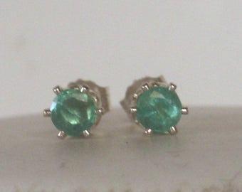 Genuine emerald stud Earrings - Earrings Post - Emerald earrings -statement earrings - silver earrings - may birthstone earrings