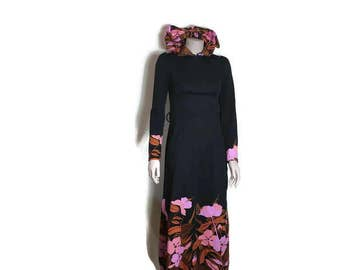 maxi dress with hood / vintage hooded dress / black pink maxi dress / long dress with a hood  / studio 54 / disco