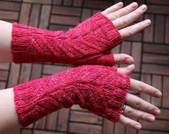 "Fingerless Mittens ""Dart Mitts""  knitting pattern PDF download - suitable for beginners and advanced knitters"