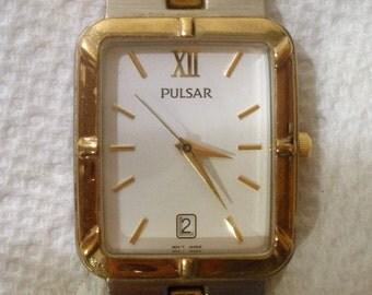 Vintage Men's Pulsar Wristwatch  / Quartz Wrist Watch /  Stainless Steel / Time & Date