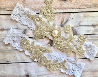 White Wedding Garter, White and gold Garter, White Garter Set, White Bridal Garter, White Garters, White lace garter, lace garters