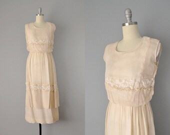 Teens Dress // 1910's Cream Silk Silk Chiffon and Lace Tiered Dress // Small