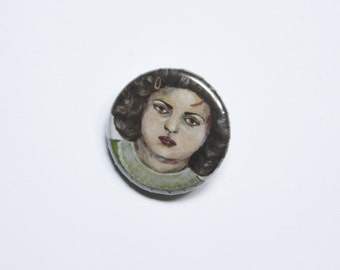 Badge - Girl with a scar on his forehead