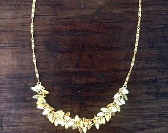 Necklace gold end small leaves
