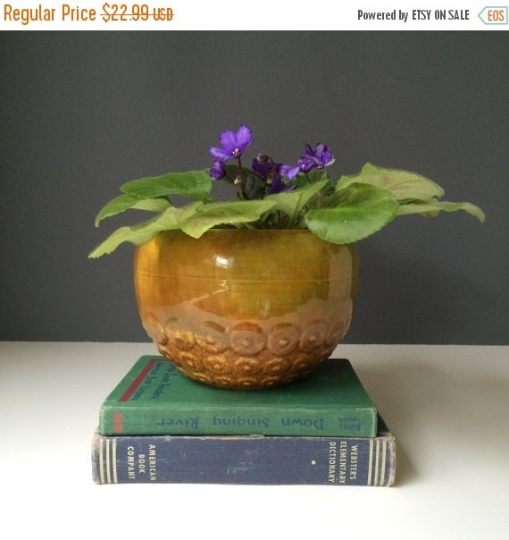 ON SALE Haeger Potteries Ceramic Round Planter, No 167, Vintage American Pottery