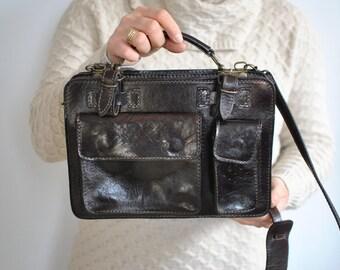 Vintage MEN'S LEATHER BAG , shoulder bag, men's messenger bag...........(024)
