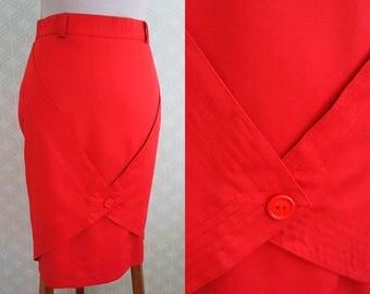 Hot Red vintage skirt. Red pencil skirt. High Waist. Belt loops.