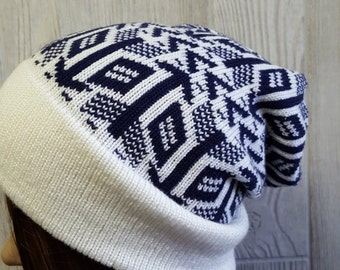 Geometric knit beanie, slouchy beanie, navy and white, Arrows and diamonds, knit slouchy hat, toque, ski hat