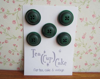 5 Vintage Plastic Buttons Deadstock Forest Green Gumdrop Shape Four Holes Sewing Make Do & Mend Crafts Vintage Outfit Fashion Ootd 60s 70s