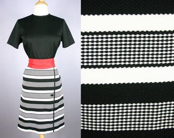 Vintage SHIFT Dress 1960s MOD Dress 50s Shift Dress Retro Dress WIGGLE Dress Mid Century Modern Striped Day Dress 60s Dress Black White