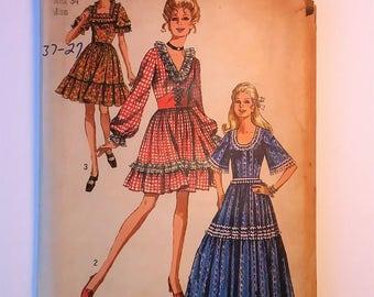 Vintage 1970 Simplicity Pattern 8875 sz 16, 12