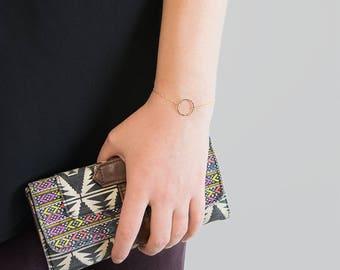 Hammered Circle Bracelet | Gold Eternity Bracelet | Dainty Gold Bracelet | Gold Disc Bracelet | Minimalist Jewelry