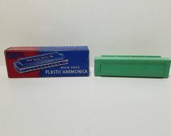 Free Shipping!! Magnus Rich Tone Plastic Harmonica