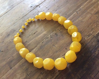 Vintage Yellow Rough Cut Plastic Beads-Necklace-Choker-Jewellery-1960's