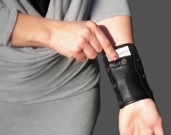 Leather black purse, Travel wallet, Womens Gift, Wrist wallet, Travel accessories, Unique bracelet