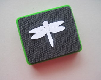 Sizzix original die -- DRAGONFLY -- Green die. Gently used.