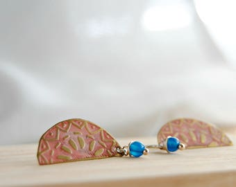 Engraved brass and agate earrings